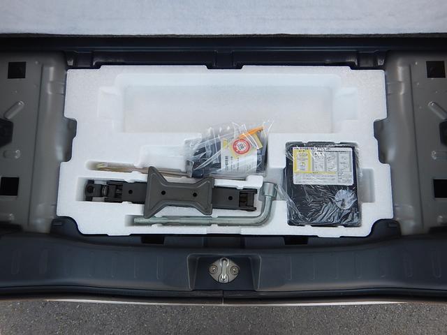TS ターボ・両側電動・純正ナビ・ワンセグTV・バックカメラ・ステアリモコン・プッシュスタート・アイドリングストップ・USB/HDMI端子・ロールサンシェード・HIDヘッド・フォグ・15インチ純正AW(32枚目)