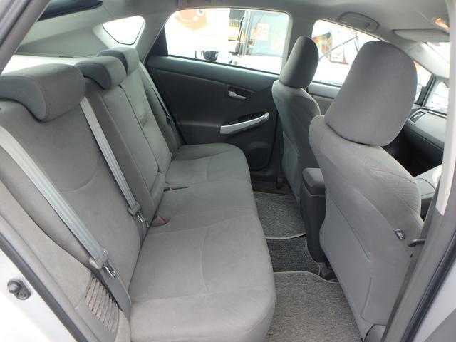 軽自動車から高級車まで幅広い車種を数多く取り揃えております。一度御来店ください。
