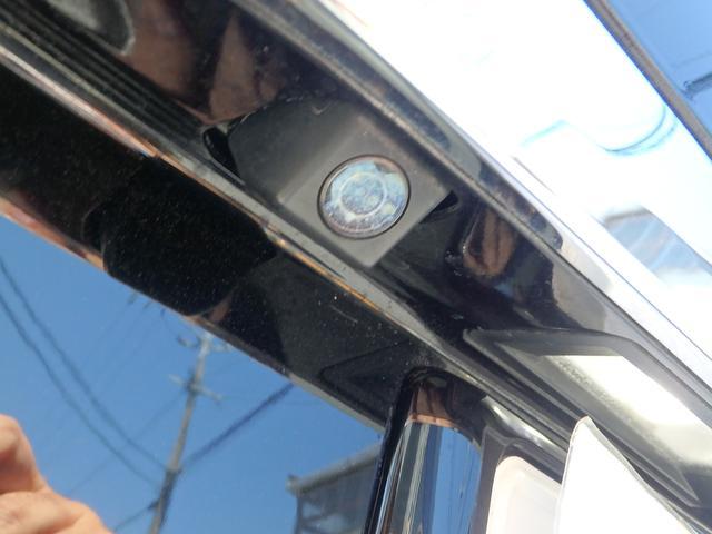 オプション19インチアルミ・サンルーフ・HIDヘッドライト・バックモニター