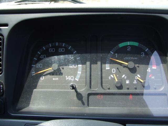 クレーン車 ユニック 2t積 5速MT エアコン(9枚目)