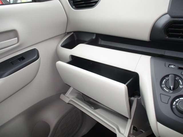 S ブレーキサポート キーレス 届け出済み未使用車 アイドリングストップ 踏み間違い衝突防止(13枚目)