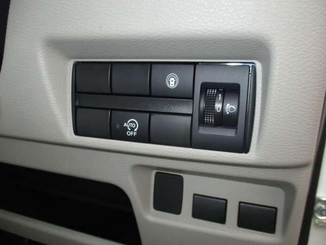 S ブレーキサポート キーレス 届け出済み未使用車 アイドリングストップ 踏み間違い衝突防止(16枚目)