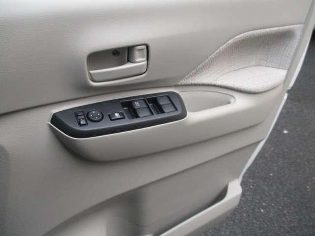 S ブレーキサポート キーレス 届け出済み未使用車 アイドリングストップ 踏み間違い衝突防止(17枚目)