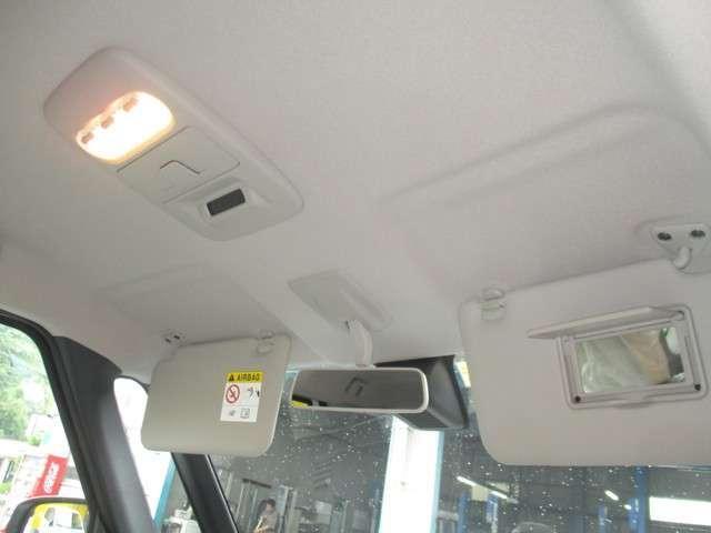 S ブレーキサポート キーレス 届け出済み未使用車 アイドリングストップ 踏み間違い衝突防止(18枚目)