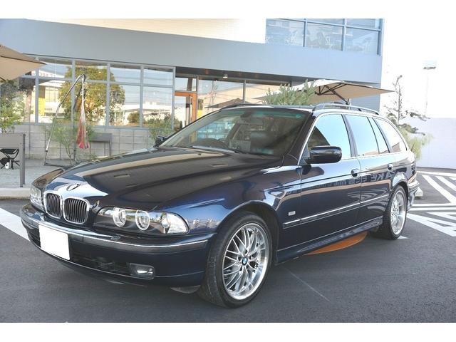 BMW BMW 528iツーリングハイライン
