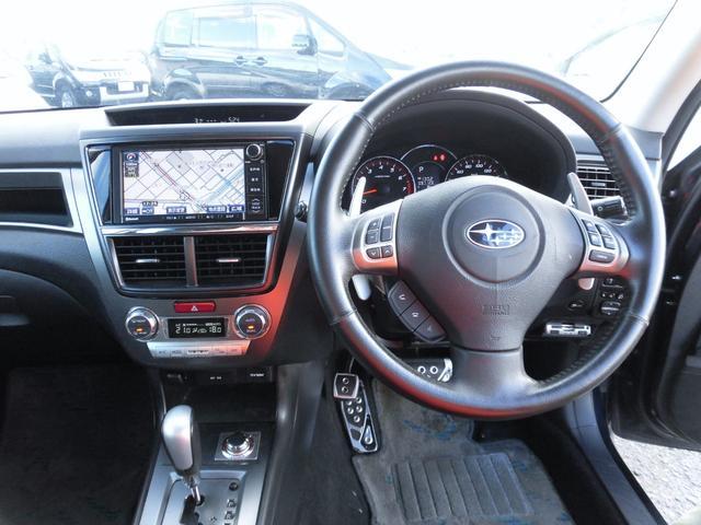 2.0GTアイサイト 4WD 7人 衝突被害軽減 フリップダウンモニタ HDDナビ フルセグTV バックカメラ Bluetooth音楽 DVD再生 CD録音 パドルシフト Wパワーシート 黒シートカバー HIDオートライト(10枚目)