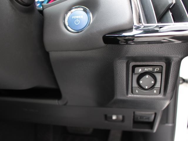 RSアドバンス 革シート サンルーフ フルセグ メモリーナビ DVD再生 バックカメラ 衝突被害軽減システム ETC LEDヘッドランプ フルエアロ 記録簿(13枚目)
