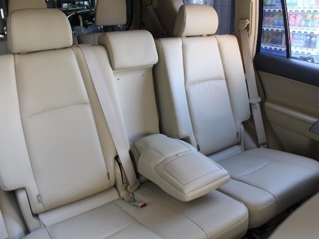 TX Lパッケージ 革シート 4WD フルセグ メモリーナビ DVD再生 バックカメラ ETC 乗車定員7人 3列シート フルエアロ 記録簿(7枚目)