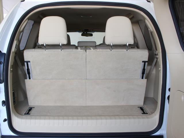 TX Lパッケージ 革シート 4WD フルセグ メモリーナビ DVD再生 バックカメラ ETC 乗車定員7人 3列シート フルエアロ 記録簿(11枚目)