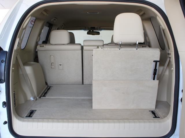 TX Lパッケージ 革シート 4WD フルセグ メモリーナビ DVD再生 バックカメラ ETC 乗車定員7人 3列シート フルエアロ 記録簿(12枚目)