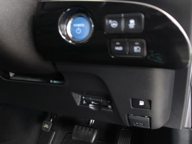 A フルセグ DVD再生 バックカメラ 衝突被害軽減システム ETC LEDヘッドランプ 記録簿(14枚目)