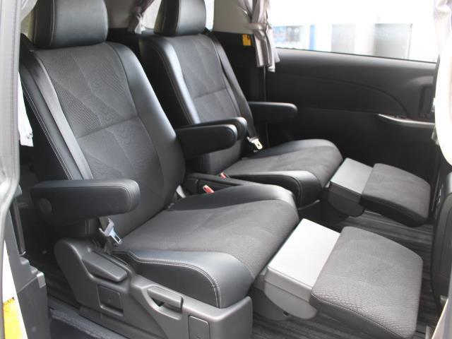 アエラス プレミアム 4WD フルセグ HDDナビ DVD再生 バックカメラ 両側電動スライド HIDヘッドライト 乗車定員7人 3列シート 記録簿(8枚目)