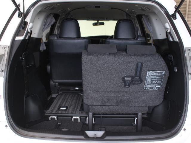 アエラス プレミアム 4WD フルセグ HDDナビ DVD再生 バックカメラ 両側電動スライド HIDヘッドライト 乗車定員7人 3列シート 記録簿(11枚目)