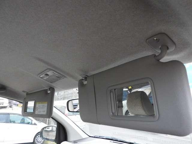 トヨタ パッソ X ウェルキャブ 助手席リフトアップシート車 Bタイプ