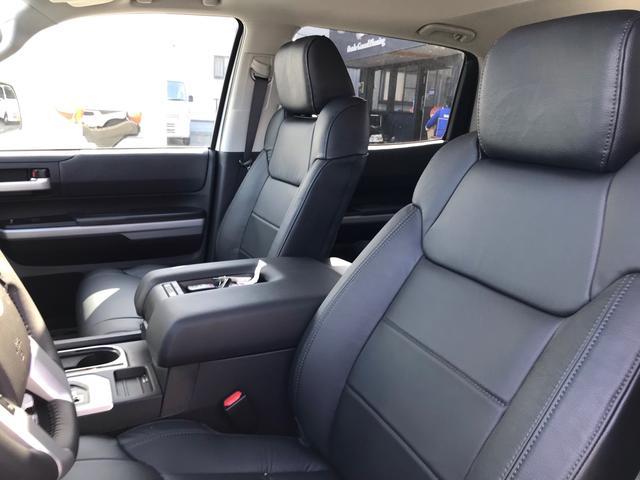 SR5 2021年モデル TRDオフロード プレミアムPKG 4WD 衝突軽減ブレーキ 黒革 サンルーフ スプレーベッド バックカメラ ヒッチメンバー レーンキープアシスト オートハイビーム(28枚目)