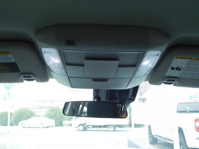 クルーMAK 4WD リフトアップ ブッシュワーカーフェンダー FUEL20インチアルミ サイドステップ トノカバー サイドカメラ フロントカメラ 7インチメモリーナビ(17枚目)