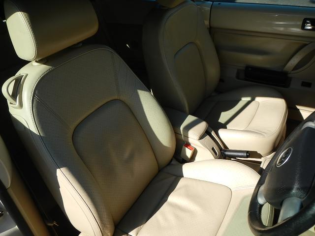 フォルクスワーゲン VW ニュービートルカブリオレ ホワイトレザーシート 純正AW キーレス ETC Cセンサー