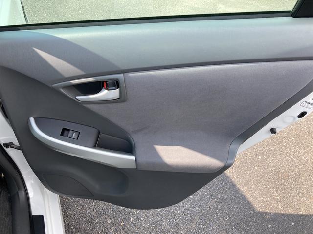 S HDDナビ ワンセグテレビ Bluetooth接続 ミュージックサーバー スマートキー 社外AW ETC CD/DVD 車高調 黒革調シートカバー プッシュスタート 電動格納ミラー オートエアコン(29枚目)