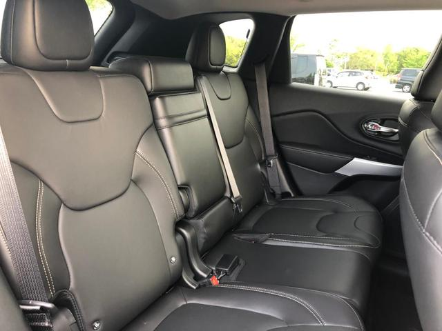 リミテッド新車保証継承 キセノン 革シート 純正ナビ ETC(4枚目)