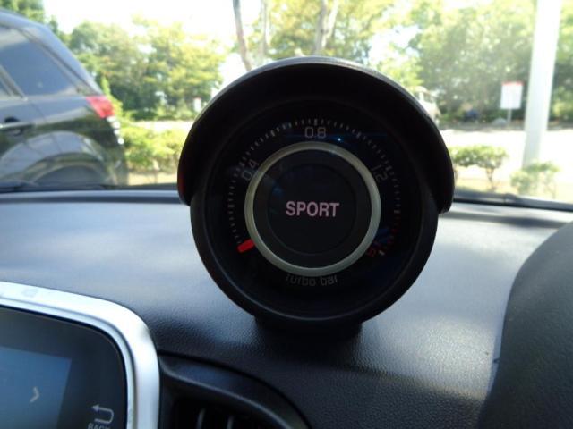 ベースグレードRHD 5速MT 登録済未使用車 新Uコネクト(13枚目)