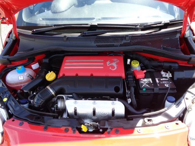ベースグレードRHD 5速MT 登録済未使用車 新Uコネクト(14枚目)