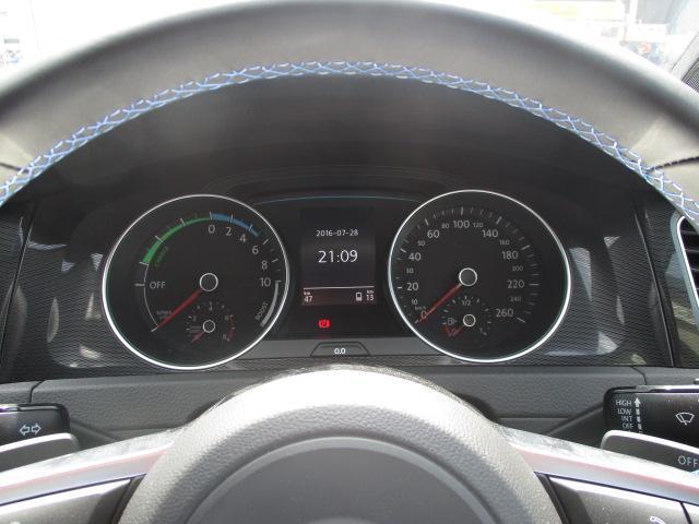 フォルクスワーゲン VW ゴルフGTE ベースグレード 18インチ DCC 登録済み未使用車