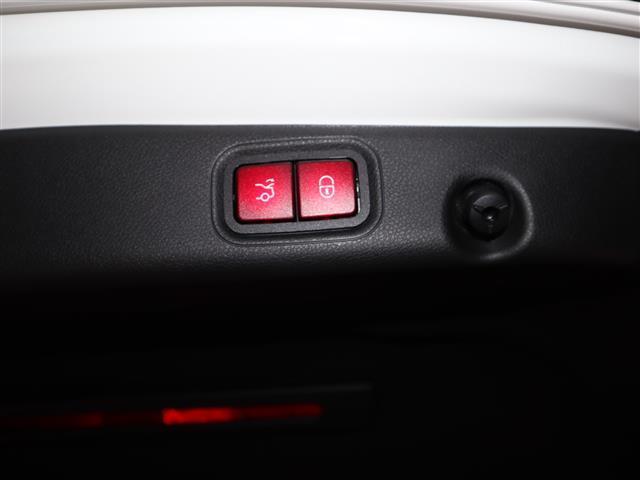 E200 アバンギャルド エクスクルーシブパッケージ(7枚目)