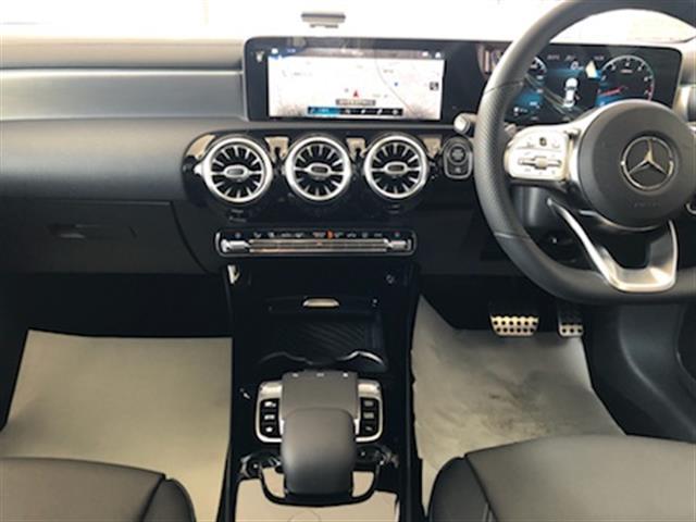CLA250 4マチック AMGライン レーダーセーフティパッケージ AMGレザーエクスクルーシブパッケージ アドバンスドパッケージ ナビゲーションパッケージ 2年保証 新車保証(11枚目)