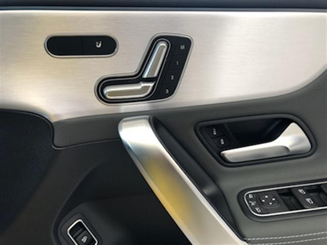 CLA250 4マチック AMGライン レーダーセーフティパッケージ AMGレザーエクスクルーシブパッケージ アドバンスドパッケージ ナビゲーションパッケージ 2年保証 新車保証(13枚目)