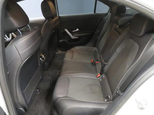 A250 4マチック セダン レーダーセーフティパッケージ ナビゲーションパッケージ 2年保証 新車保証(7枚目)