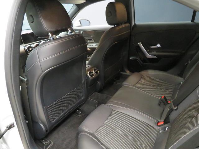 A250 4マチック セダン レーダーセーフティパッケージ ナビゲーションパッケージ 2年保証 新車保証(8枚目)