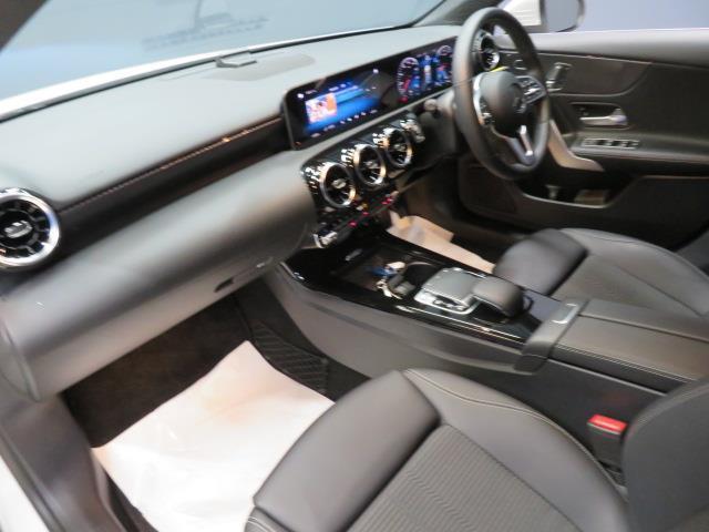 A250 4マチック セダン レーダーセーフティパッケージ ナビゲーションパッケージ 2年保証 新車保証(10枚目)