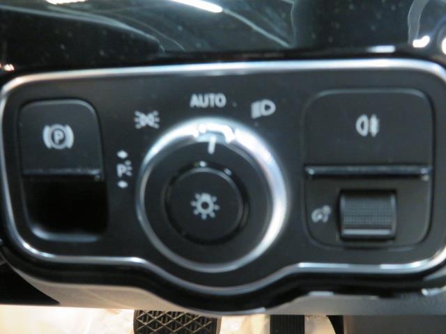 A250 4マチック セダン レーダーセーフティパッケージ ナビゲーションパッケージ 2年保証 新車保証(16枚目)
