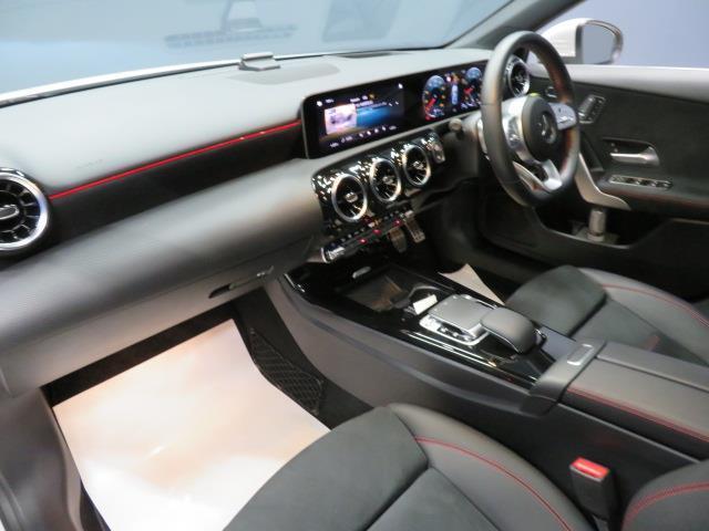 A250 4マチック セダン AMGライン レーダーセーフティパッケージ アドバンスドパッケージ ナビゲーションパッケージ 2年保証 新車保証(11枚目)