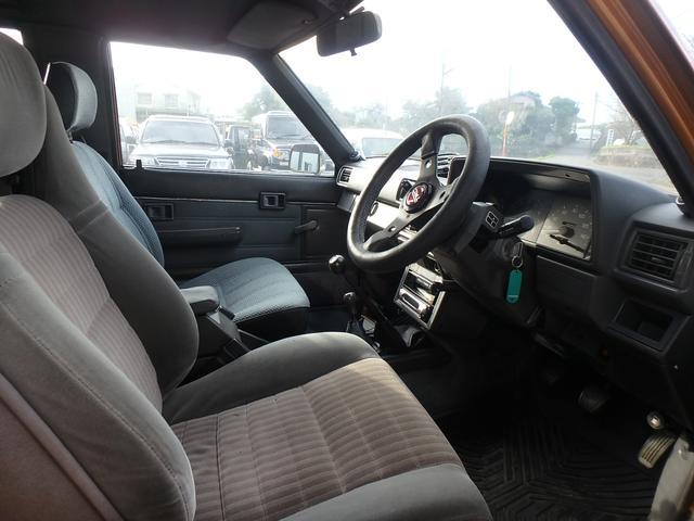 トヨタ ハイラックスサーフ SSR リフトアップ 社外アルミ