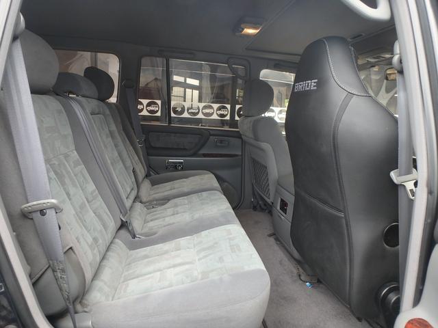 「トヨタ」「ランドクルーザー100」「SUV・クロカン」「熊本県」の中古車37