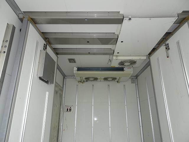 2t 冷凍車(6枚目)