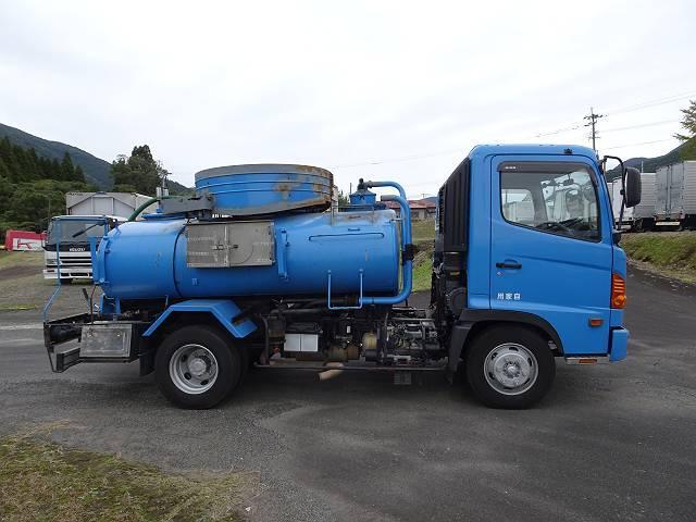 日野 ヒノレンジャー 4t バキューム車