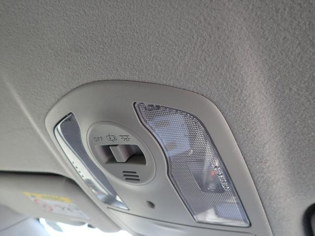 S SDナビフルセグTV Bluetooth対応 バックカメラ スマートキー ETC 純性アルミ(29枚目)