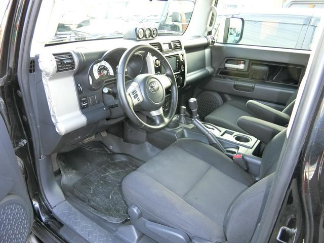 米国トヨタ FJクルーザー ベースグレード リフトUP 16AW SDナビ ルーフラック