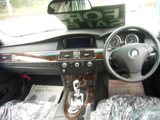 BMW BMW 525i HIDライト 純正DVDナビ ETC