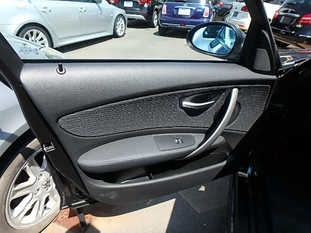 BMW BMW 116i ディーラー車 右ハンドル HID