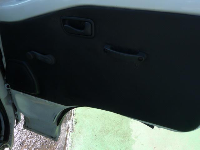 スバル サンバートラック 2WD AC 荷台マット付き