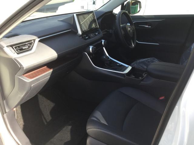 G Zパッケージ NEWモデル 4WD 純正9インチSDナビ(8枚目)
