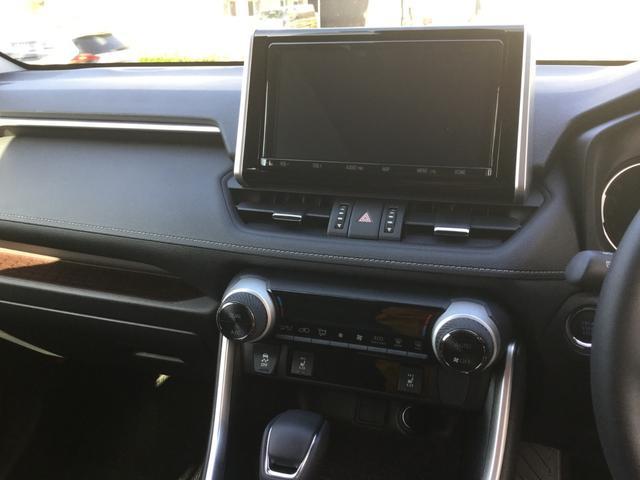 G Zパッケージ NEWモデル 4WD 純正9インチSDナビ(15枚目)