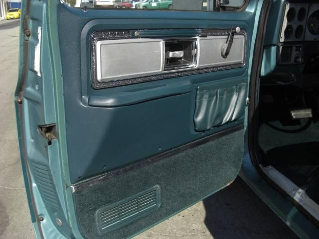 「シボレー」「シボレー C-10」「SUV・クロカン」「熊本県」の中古車17