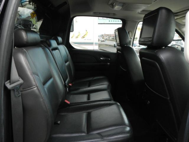 「キャデラック」「キャデラック エスカレードEXT」「SUV・クロカン」「熊本県」の中古車12