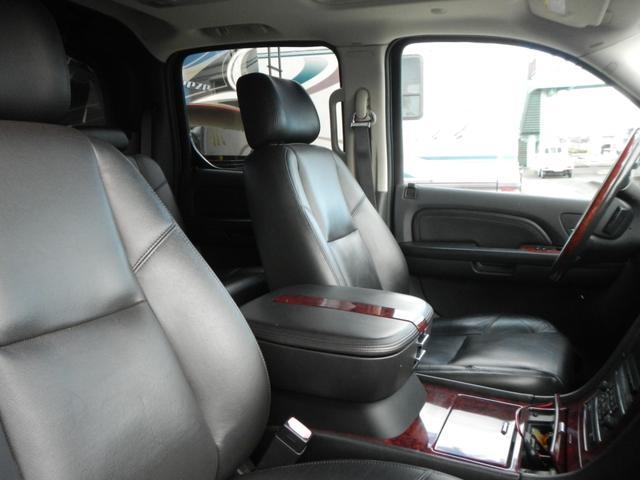 「キャデラック」「キャデラック エスカレードEXT」「SUV・クロカン」「熊本県」の中古車15