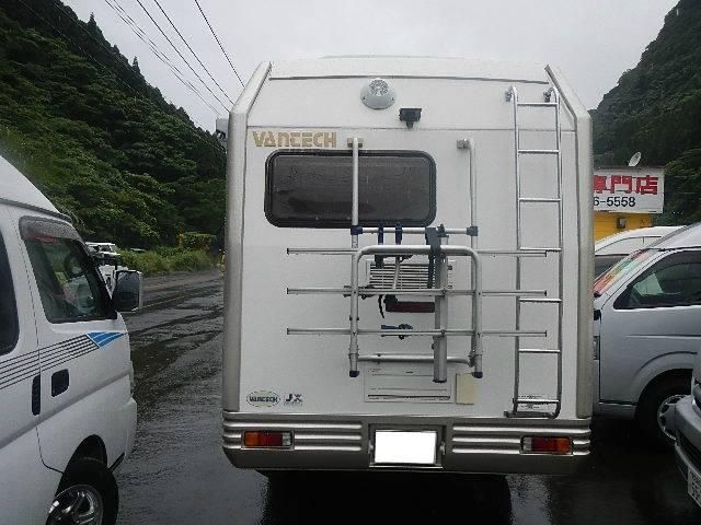 キャンピング バンテック社製ZIL バンクベッド10人乗り(4枚目)