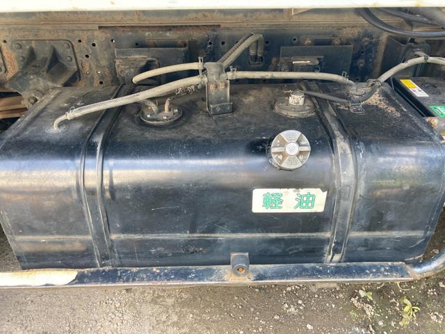 高所作業車15M フル装備 4WD 運転席エアバッグ ABS(8枚目)